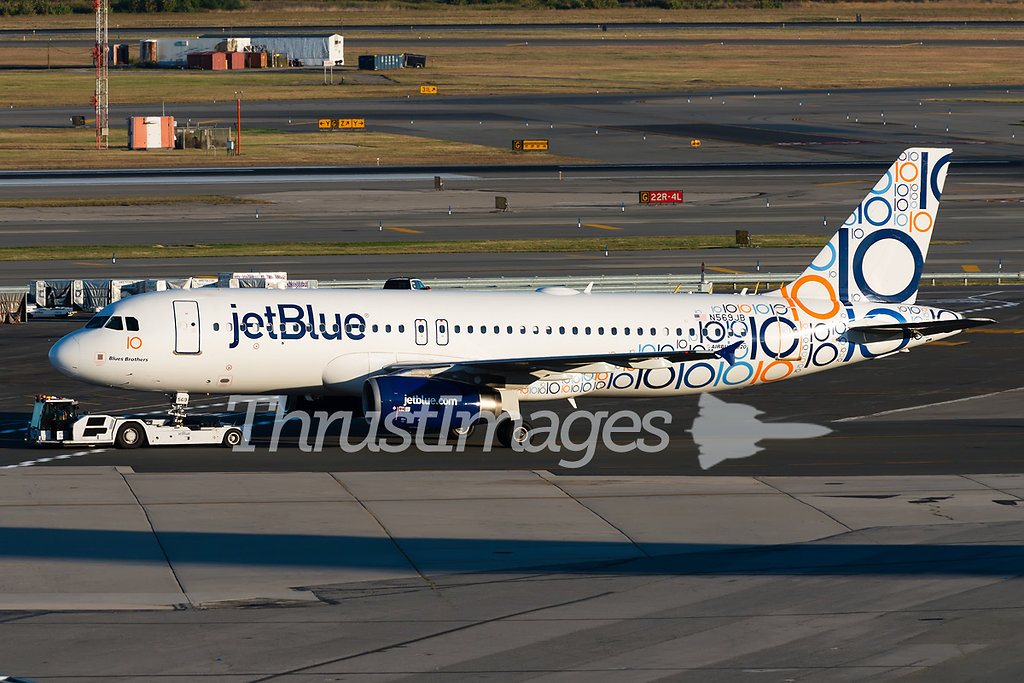 "Airbus A320-232 N569JB (cn 2075) ""Blues Brothers"""